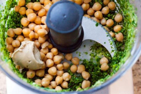 1497530751854-hummus-food-waste-chicp10